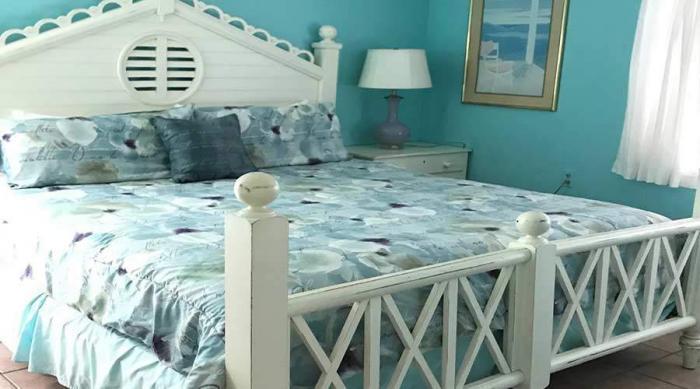 Captiva Island Cottage - Gardenia Cottage - Master Bed 900 x 500