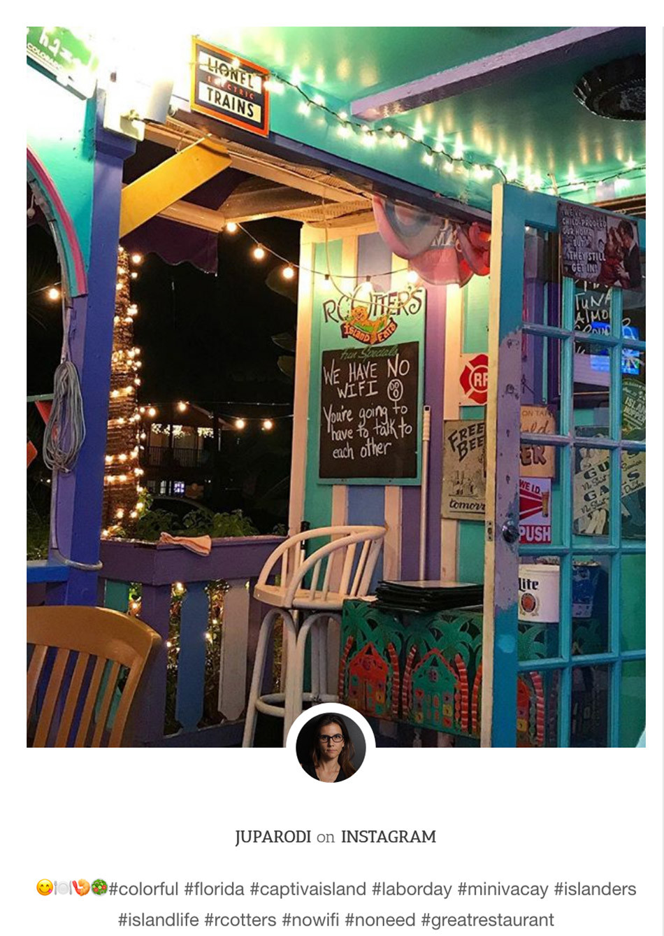 Captiva Island Restaurant-RC-Otters-restaurant-no-wifi