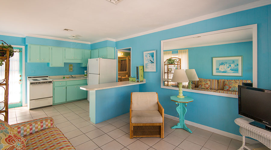 Lantana Suite Kitchen Living Room 2