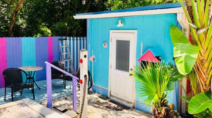 Love-Shack-Cottage-Outside-1
